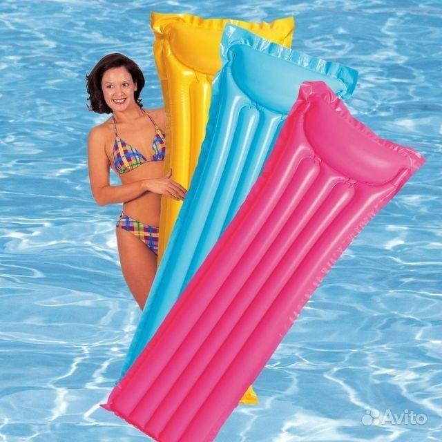 Тканевый надувной матрас для плавания