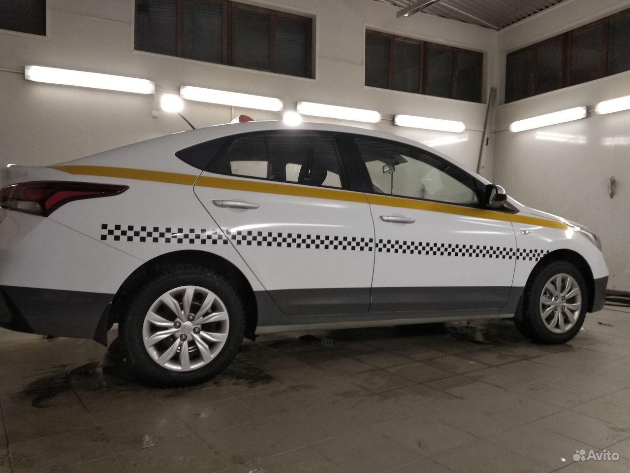 оклейка автомобиля под такси фото в брянске вот, вроде все