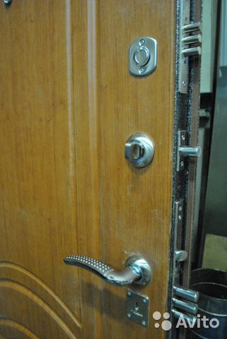 железная дверь кубинка