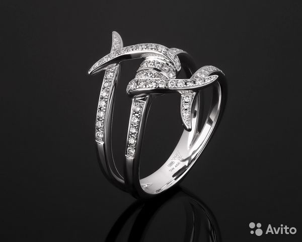 Золотое кольцо с бриллиантами Stephen Webster купить в Москве на ... 5b6cd541952