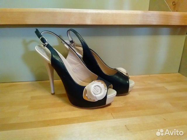 55bae256d569 Туфли женские две пары очень красивые купить в Ивановской области на ...