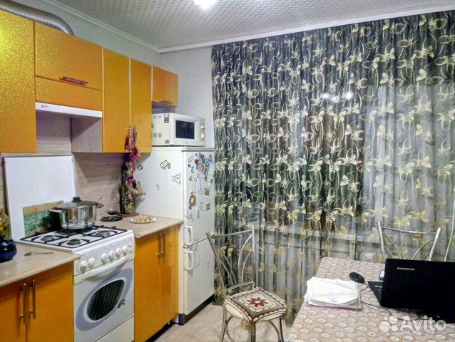 Продается трехкомнатная квартира за 1 800 000 рублей. ул Шевченко, 44.