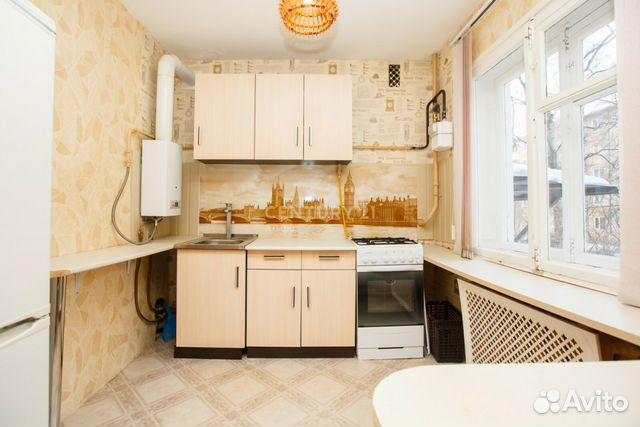 Продается двухкомнатная квартира за 1 850 000 рублей. Октябрьский проспект, 10А.