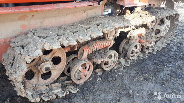 Трактор вт150 гусеничный