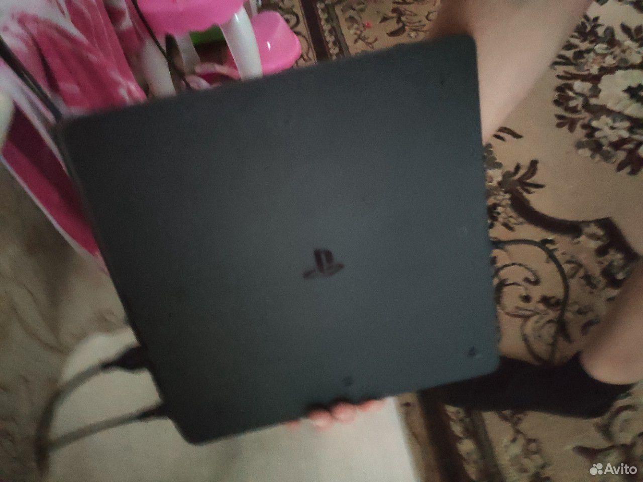 Продам Sony PS4  89940114073 купить 2