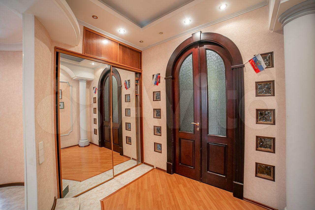 Дом 322.9 м² на участке 10 сот.  89627877047 купить 10